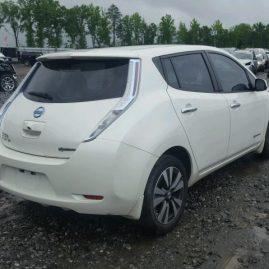 Nissan Leaf S 2014 $ 14,300